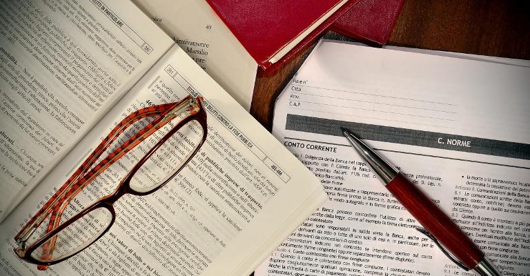 Obligaciones al licitar y sistemas de puntuación