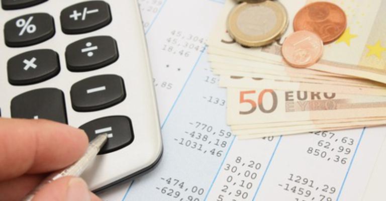 Deducciones y bonificaciones en el Impuesto de Sociedades